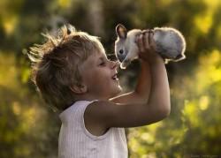 12-photos-pleines-demotion-denfants-avec-leurs-animaux